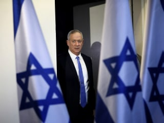 Netanyahu rival Gantz fails to form government, prolonging Israel's political uncertainty