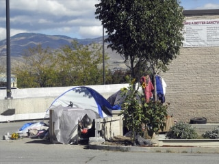 Supreme Court won't disturb ruling against anti-homeless law