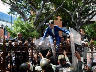 Venezuela's socialist government takes over Congress as opposition re-elects Juan Guaidó