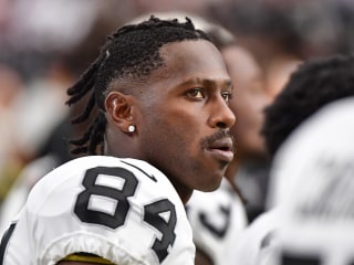 Police investigate allegation of battery at Antonio Brown's home; trainer arrested