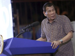 Philippine President Rodrigo Duterte threatens to end U.S. military pact