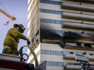 Los Angeles high-rise fire leaves 8 injured, prompts rare rooftop helicopter rescue