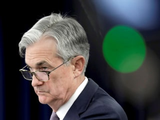 Rebuffing Trump, Fed chairman says he will 'avoid' negative interest rates