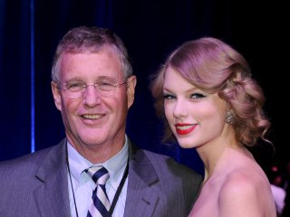 Taylor Swift's dad fights off burglar in Florida penthouse