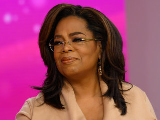 Oprah Winfrey after trending on Twitter: I 'haven't been raided, or arrested'
