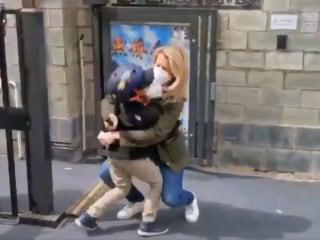 Coronavirus: NBC's Janis Mackey Frayer reunited with family after 49 days