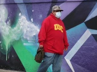 Los Angeles mandates face coverings