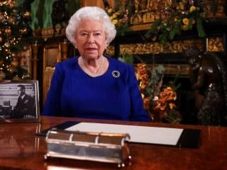 Queen Elizabeth II to call for 'good-humoured resolve' as coronavirus deaths rise in U.K.