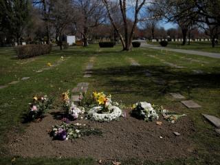 U.S. sees deadliest day in COVID-19 outbreak