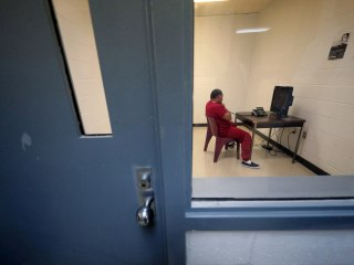 Asylum-seekers fearing coronavirus desperate to leave ICE detention as groups try legal routes