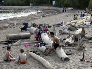 Climate concerns as Siberia experiences record-breaking heat