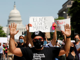 Minneapolis officers use more aggressive tactics against protesters