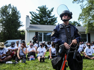 Nearly 100 Breonna Taylor protesters arrested on Kentucky attorney general's lawn