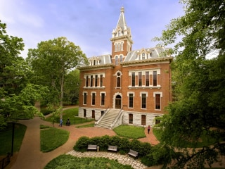 Students at Vanderbilt leave fraternities and sororities, alleging racism and insensitivity
