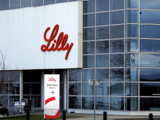 Lilly begins nursing home trials with antibody drug for COVID-19 prevention