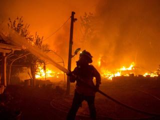 Crews battling California, Colorado wildfires