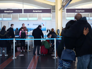 U.S. air travel hit post-March peak on day before Thanksgiving