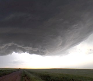 Stunning Video Shows 'Mother Ship' Storm Supercell