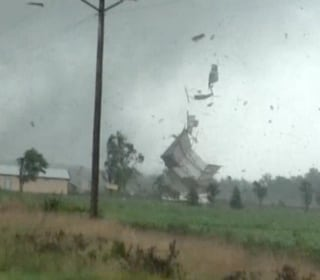 Watch Tornadoes Send Buildings Flying in Ohio