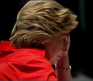 Debate: A Major Opportunity for Clinton to Regain Lost Support in Polls