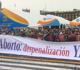 Protesters in Mexico Fight for Abortion Decriminalization
