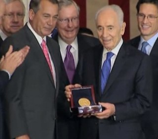 Nobel Peace Prize-Winner Shimon Peres Dead at 93
