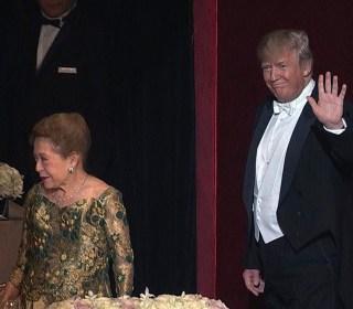 Clinton, Trump Arrive at Al Smith Dinner