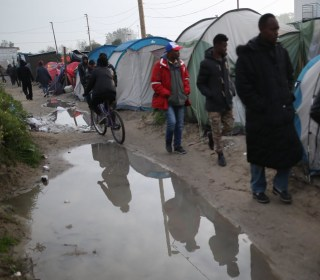 Migrants Forced From 'Jungle' Camp Before Its Destruction