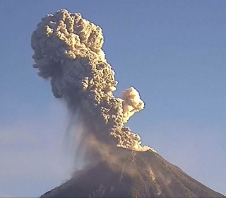 See Mexico's 'Fire Volcano' Erupting