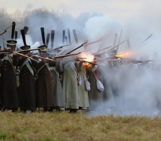 Watch Thousands Reenact 200-Year-Old Napoleonic Battle