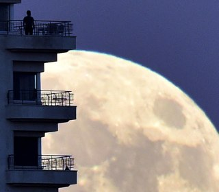 Why is Tonight's Supermoon so Super?