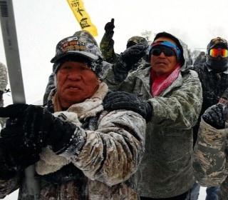 Temperatures Plunge at Dakota Protest Camp as Winter Storm Descends