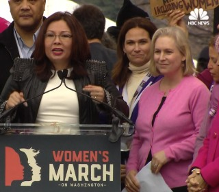 Senators Join Stage at Women's March for Message of Solidarity