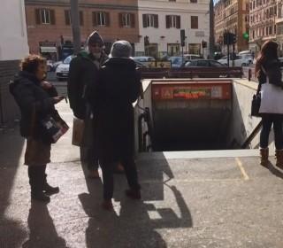 Earthquakes Shake Italy, Send Rome Commuters Scrambling