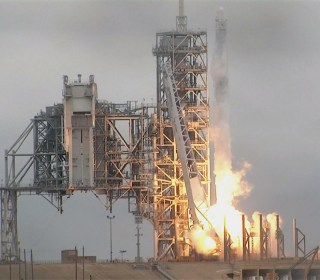 Watch SpaceX Successfully Launch Its 10th ISS Resupply Rocket