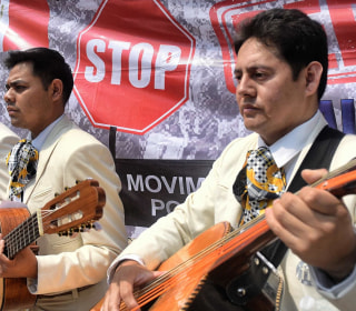 Mariachi 'Star-Spangled Banner' Rings Out at Mexican Border Wall Protest