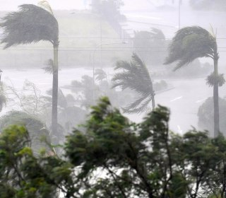 Cyclone Debbie Tears Into Australian Coast With 155 MPH Winds