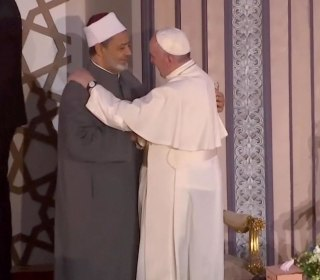 Pope Shares Message of Peace with Egypt's Religious Leaders