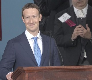 Mark Zuckerberg's Message to Class of 2017: Everyone Should have a Purpose