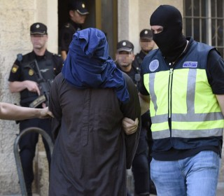 Alleged ISIS Terror Cell Arrested in International Police Operation