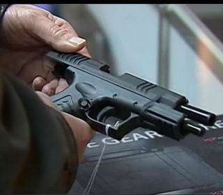 TSA: Record Number of Guns Seized in U.S. Airports