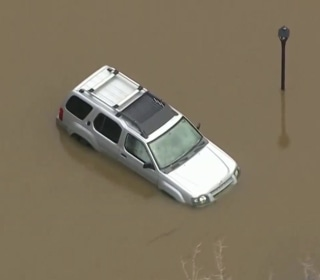 At least 6 dead from Midwest flooding
