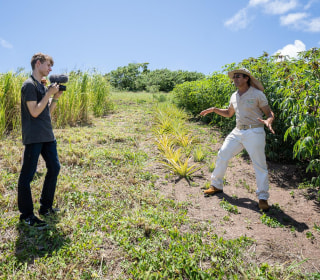 Teen's web venture boosts Puerto Rico's farmers