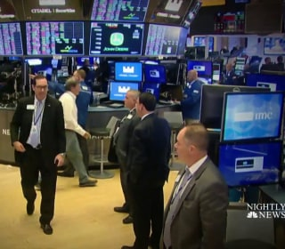 Dow plunges over 800 points after recession warning sends stocks sliding