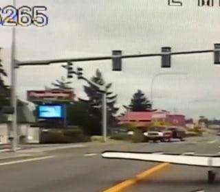 Small plane makes emergency landing on Washington highway