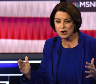 Klobuchar name-drops Mexico's president after forgetting his name