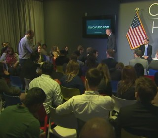 Man Kicked Out of Rubio Event After Bizarre Questioning