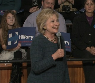 Clinton: Obama Has Supreme Court Credentials