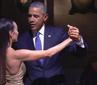 Watch Obama Tango at Argentinian State Dinner