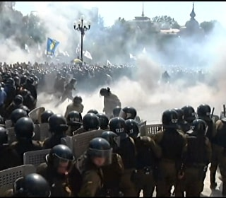 Violence Flares in Kiev as Nationalists Protest Reforms